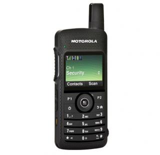 Motorola SL4010 MOTOTRBO Радиостанция носимая цифровая